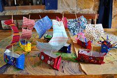 Barquetes de tela i paper