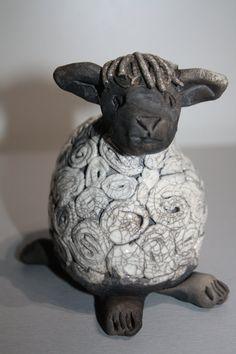 Céramique raku le mouton par COCORAKU sur Etsy