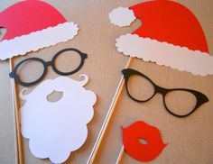 @Donna McGuinness-Ellis ...what about this for fun photos? Christmas photo booth props