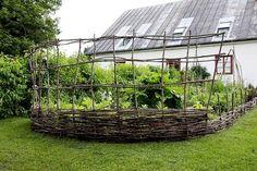Garden Inspiration, Garden Ideas, Farmer, Fence, Greenery, Pergola, Exterior, Outdoor Structures, Plants