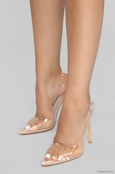 These the shoe I saw on fashion Nova I'm so so interested about it I don't know when I try to pick the size to say just finished is is it going to come again I really need it before on the 22 please help me and I'm using size 8 She's On Fire Pump - Nude Hot High Heels, Sexy Heels, High Heels Stilettos, Stiletto Heels, Shoes Heels, Transparent Heels, Jenifer Aniston, Clear Shoes, Manolo Blahnik Heels