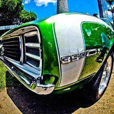 Chevy Camaro RS, en Los Dos Caminos