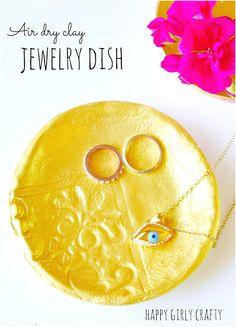 Air dry clay jewellery dish DIY / Φτιάξτο μόνη σου : πιατάκια από πηλό!