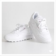 Reebok Classic Leather White for Womens. Picture from @jaimetoutcheztoi fashionblog.