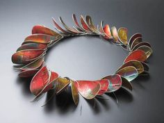Jane keith large dyed aluminium necklace 2013 33 leaves of dyed anodised aluminium with Jewelry Crafts, Jewelry Art, Antique Jewelry, Jewelry Accessories, Jewelry Design, Designer Jewelry, Jewelry Ideas, 10th Wedding Anniversary Gift, Jane Adams