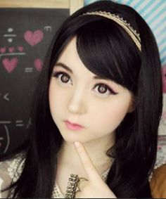 The top 12 most extreme human dolls Venus Angelic Venus Angelic certainly has an angelic face, and enjoys dressing up like a human doll and uploading photos to social media.