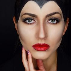 """Hi there ! My maleficent makeup  when I have time, I get a little crazy with my makeup  what do you guys think about this look ?"" Photo taken by @paulina_allure on Instagram, pinned via the InstaPin iOS App! http://www.instapinapp.com (07/30/2014)"