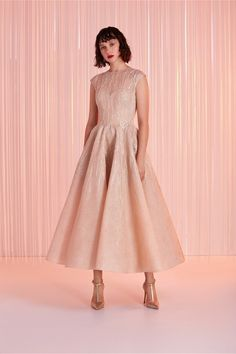 Tony Ward Ready-to-Wear Spring/Summer 2020 Collection Source Abed Mahfouz, Georges Chakra, Chanel Cruise, Tony Ward, Zuhair Murad, Emo Dresses, Fashion Dresses, Party Dresses, Elie Saab