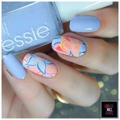 """Bail art """"Paisley"""" pour un #TwinStamping avec ma copine @les_ongles_de_b @bundlemonster paisley BM-114 @essiebelgium saltwater #paisley#nails#nailart #bundlemonster #essiebelgium #lovenailsetc #nailpromote"""