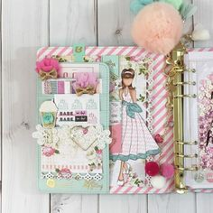 designs_by_robin: Sharing more pockets if love today in my Julie Nutting planner. #myprimaplanner #julienutting #plannercommunity #planneraddict