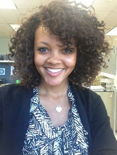 25 Professional Natural Hair Styles for the Workplace www. The most beautiful hair i Red Brown Hair, Dark Hair, Curly Hair Styles, Natural Hair Styles, Professional Natural Hairstyles, Teacher Hair, Work Hairstyles, Hairdos, Natural Hair Inspiration