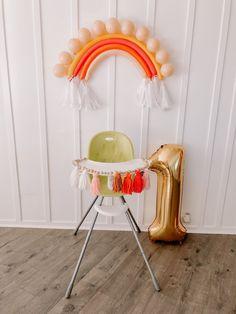 Boho Rainbow balloon decor for birthday party. Rainbow First Birthday, Baby Girl Birthday, First Birthday Parties, Birthday Party Themes, First Birthdays, Balloon Birthday, High Chair Birthday, Cheap Birthday Ideas, Birthday Highchair Decorations