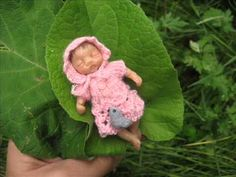 Polymer Clay OOAK Sculpt miniature Baby Girl in egg by Mam-m-mi - YouTube