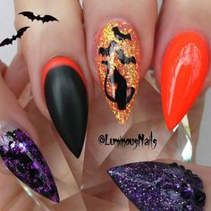 Stiletto nails are all the rage at the moment with bold new designs. Are you feeling brave enough to try one of these 24 daring stiletto nail designs? Disney Halloween Nails, Halloween Acrylic Nails, Halloween Nail Designs, Halloween Art, Luminous Nails, Gel Nagel Design, Goth Nails, Cotton Candy Nails, Stiletto Nail Art
