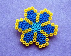 Hama Bead Flower Nº1   Price: £2 / 2,50€