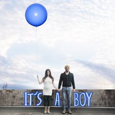 baby gender reveal photo, it's a boy