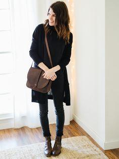 Winter 10x10. Outfit 6 (Casual). Black turtleneck sweater+black skinny jeans+dark brown ankle boots+black long knit cardigan+dark brown satchel crossbody bag. Winter Mini Capsule Wardrobe 2017
