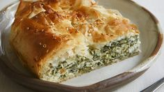 Simply delicious: Traditional Greek spanakopita with feta, ricotta and spinach (or silverbeet). Greek Recipes, Veggie Recipes, Vegetarian Recipes, Cooking Recipes, Savoury Recipes, Chef Recipes, Recipies, Spanakopita Recipe, Tacos