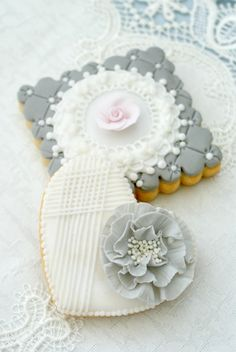 Romantic White Heart Cookie & Gray Plaque Cookie - Icing Bliss: Shabby Chic Cookies