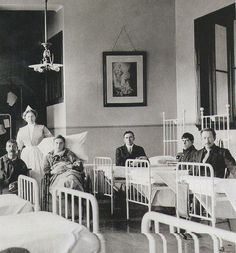 Patients from the Titanic at St. Vincent de Paul Hospital