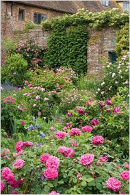 The gardens of poet Vita Sackville-West and the diplomat and writer Harold Nicolson at Sissinghust Caslte