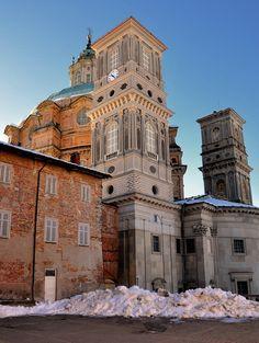 Santuario di Vicoforte (retro) Mondovì, Piemonte Italy