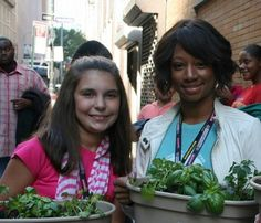 Kids can win grants to grow gardens for people in need... Kids 9-16 can apply and get a $400 gift card for a local garden center to grow food to donate to others in the community (food shelf, neighbors, organizations, etc.)  Deadline for 2014 is Feb 28.