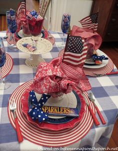 4th of July Table Se