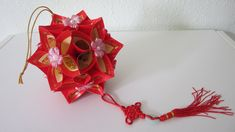 Decoration for the Lunar New Year period. For more of Chinese New Year craft tutorials please follow the link below:-  ...  Music: 接財神 (Jiē cáishén) and 招财进宝 (Zhā. Tutorial, Flower, How, Paper, Make, Decor, Ball, Tuto,