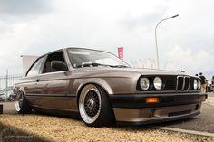 BMW E30 Undercover - Eine Granate  http://www.autotuning.de/bmw-e30-undercover-eine-granate/ BBS, BMW Tuning News, E30, Tuning