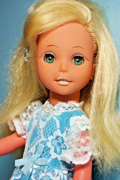 Puppe DDR, Modepuppe (sehr selten), 38cm, 70er Jahre, sauber u. gepflegt   eBay Antique Dolls, Elsa, Cinderella, Goodies, History, Disney Princess, Retro, Disney Characters, Vintage