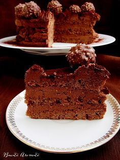Tort de ciocolata cu whiskey Pavlova, Something Sweet, Dessert Recipes, Desserts, Food Inspiration, Tiramisu, Cheesecake, Good Food, Sweets