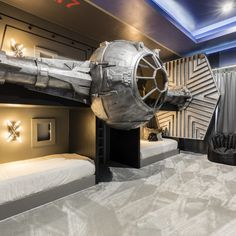 Bring along Star Wars adventure in your house. Read our 10 Star Wars bedroom ideas for tasting that any time of the day. Decoration Star Wars, Star Wars Room Decor, Star Wars Bedroom, Star Wars Bedding, Bedroom Themes, Bedroom Decor, Bedroom Ideas, Bedrooms, Bedroom Pictures
