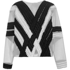 Jonathan Simkhai Tire Lace Sweatshirt (819.500 CLP) ❤ liked on Polyvore featuring tops, hoodies, sweatshirts, outerwear, boxy tops, boxy sweatshirt, lacy tops, jonathan simkhai and lace pullover