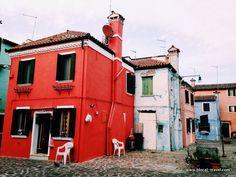 Burano island, Venice lagoon || Read my blogpost here: http://www.blocal-travel.com/cemetery/venice-islands/
