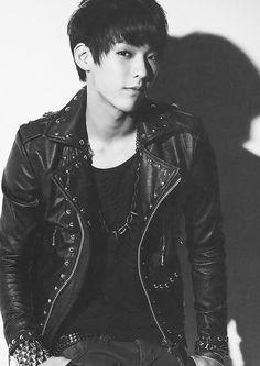 My bias in BTOB is……? Look at the picture, i think you know who is he hahaha XD Yes, he is Lee Minhyuk. Face of the group :) do you like it? Btob Lee Minhyuk, Sungjae Btob, Im Hyunsik, Lee Changsub, Btob Members, Korean K Pop, Korean Guys, Yoseob, Jaejoong