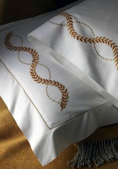Hand embroidered bed linens by Léron. View all of our custom hand embroidered sheets and contact us to find out more. Linen Pillows, Linen Bedding, Bed Pillows, Bed Linens, Bedding Sets, Draps Design, Embroidered Bedding, Restoration Hardware Bedding, Egyptian Cotton Sheets