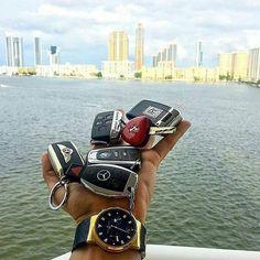 Life is full of choices  @luxrylife| @dangersluxury| @deluxevehicles @lux.babes | @gentleman.group |@explorewithluxury | @thebillionaireshall | @gentlemenwealthy | @millionaires.luxuries  #entrepreneur #entrepreneurlifestyle #business #motivation #lifestyle #inspiration #businesswomen #luxury #picoftheday #awesome #follow4follow #entrepreneurship #motivational #fitness #bosslife #billion #businessman #businesswomen #motivationalquote #instagood  #amazing #dailyquotes #success #like4like…