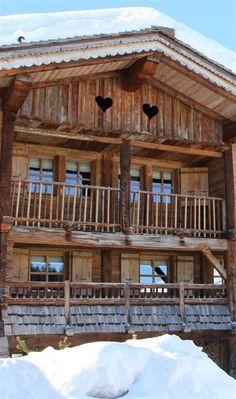 Romantic and luxurious mountain retreat in Megeve, France Alpine Chalet, Swiss Chalet, Chalet Chic, Chalet Style, Mountain Living, Mountain Homes, Lake Cabins, Cabins And Cottages, Chalet Interior