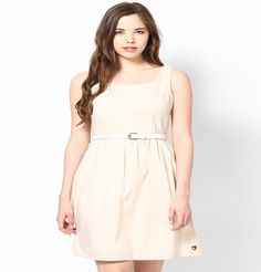 Be the diva you deserve to be in this awesome sleeveless knee-length, round neck dress with gathers at the waist. Now whether it is strolling down the isle or going for a dolphin show with friends after a scrumptious feast the  resort, you'll be adored!