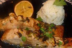 Crap la cuptor cu sos de lamaie Crap, Mashed Potatoes, Vegetarian, Chicken, Cooking, Ethnic Recipes, Food, Whipped Potatoes, Kitchen