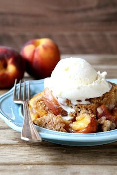 Crumble, Cobbler, Crisp, Buckle, Betty: What's The Difference?