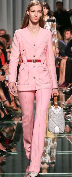 Louis Vuitton, 2015KOONN® MODULAR DECORATION CONCEPT. HANDMADE , UNIQUE CONCEPT 100% RECYCLED ALUMINIUM WWW.KOONN.NL KOONN.DE,