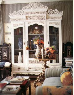 Detail of room by Michelle Nussbaumer, featured in Southern Accents