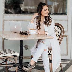 Coffee break in our 'split knee skinny jeans' ☕️☕️ (link in bio) #ANGLbabe