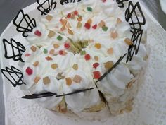 russian cream cake // oroszkrém torta Cream Cake, Farmhouse, Baking, Desserts, Food, Custard Cake, Tailgate Desserts, Cream Pie, Deserts