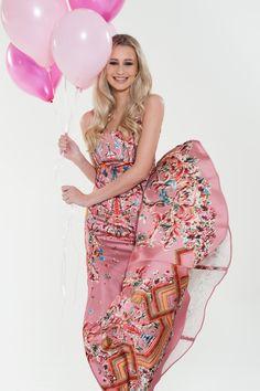 85d54d514e5 Tolles Abiballkleid von Just Cavalli. Kleid mieten bei dresscoded.com.  dresscoded