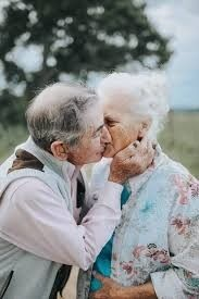 Couple Celebrating 68 Years of Marriage Pose for Adorable Photo Shoot Older Couples, Mature Couples, Marriage Poses, Vieux Couples, Love What Matters, Amor Real, Grow Old With Me, Growing Old Together, Aging Parents
