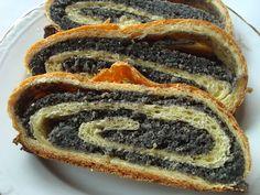 Micul in bucatarie: Cozonac cu mac Hot Dog Buns, Hot Dogs, Sandwiches, Sweets, Bread, Desserts, Romania, Food, Deserts