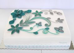 Wafer paper quilling cake
